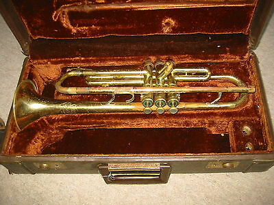 "old trumpet, in bb ""Olds ambassador fullerton 570575"" made in the 60s"