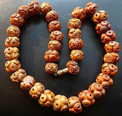 antique Chinese carved nut or wood bead necklace barrel clasp -D181