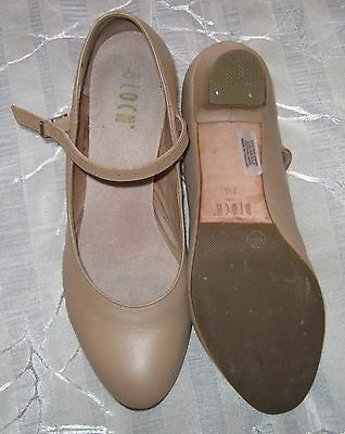 Womens Bloch 7.5 Tan Dance Shoes non-slip sole Aus 6.5 to 7 line dancing stage