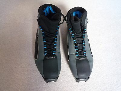 Fischer Cross Country Ski Boots size 45