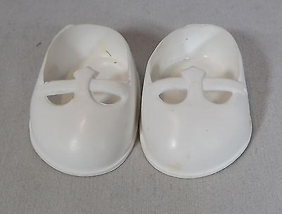 Pair Of Cinderella Doll Debutante Shoes Size 01 - White *one Pair Only*