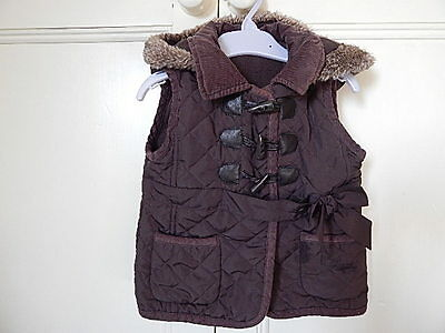 Matalan Girls Brown Quilted Sleeveless Hooded Jacket 2-3 Years