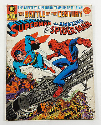 Superman VS. The Amazing Spider-Man Treasury Edition Comic Book (1976 Marvel DC)