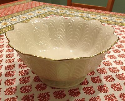 Lenox Footed Centerpiece Fruit Bowl Cream/gold/palm leaves