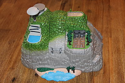Gerry Anderson Miniatures from Bandai **Thunderbirds Tracy Island DX**