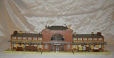 "Classic ""mittelstadt""  Mainline Station,  Faller, N Gauge / Scale"