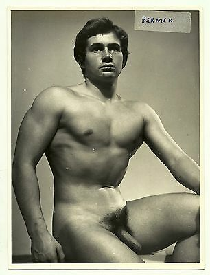 1960s photo ancienne bodybuilder nude gay handsome young male muscle nu old man