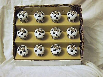 12 Cupboard and Draw Knobs