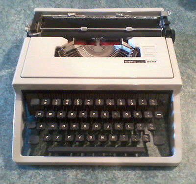 Olivetti Dora Vintage Retro Manual Typewriter With Case