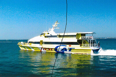 Ship/shipping Photo,ferry Photograph Picture Of An Isle Of Wight Fastcat At Ryde