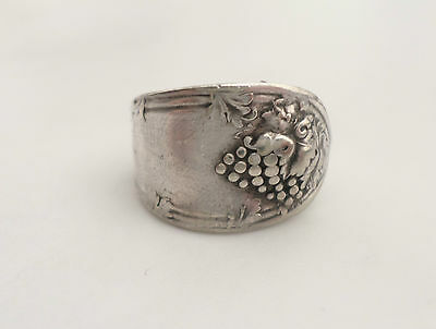 Vintage 1881 Rogers Grape Bunches Silverplate Spoon Wrap Ring Size 7 1/2