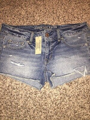 American Eagle Jean Shorts Medium Wash Size 8 NEW WITH TAGS Distressed