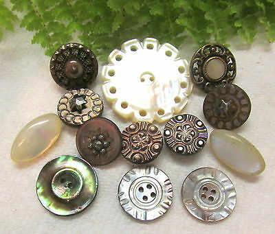 Lustrous Lot Of Victorian Pearl Buttons Some Set In Metal P68