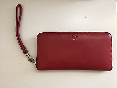 FOSSIL Wallet - Red with Pink Interior