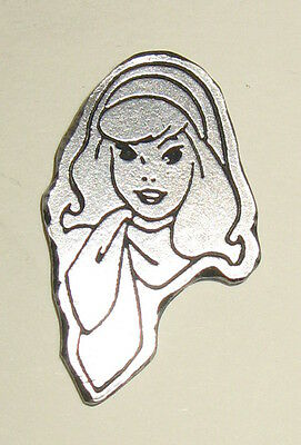 Daphne Pewter Clutch Back Pin Hanna-Barbera 1970s TV Show Cartoon Scooby-Doo