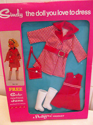 Rare Vintage Pedigree Sindy Never Removed Complete 1973 Red Hot Outfit NRFB S248