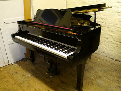 Yamaha G2 Grand Piano