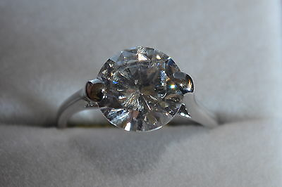 Brand New 9ct white gold solitaire single stone cubic zirconia ring N BNIB *sale