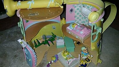 Fifi and the flower tots house