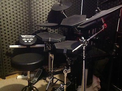 Electronic Drum kit  Simmons Roland Alesis