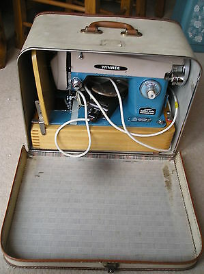 Vintage Winner Super Dial Electric Sewing Machine With Lockable Case