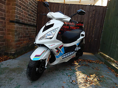 2016 Peugeot Speedfight 3 125 Team Sport Automatic Scooter White