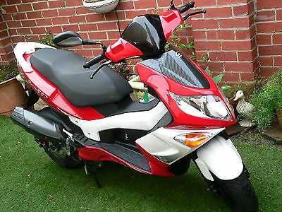 2011 Motor Scooter PGO G-max 220 4 stroke oil cooled EMS 2150Km LIKE NEW Exc Con