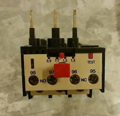 Overload Relay RF25  Brook Crompton 0.9-1.5A WITH RESET
