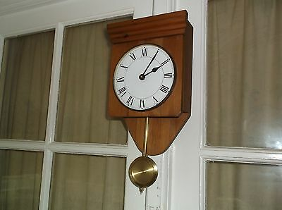 A Nice Little Wooden Wall Clock Battery Operated