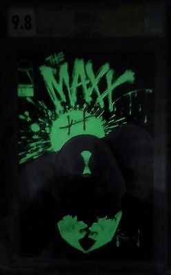 The MAXX #1 CGC 9.8 SS WHITE Pages Signed Kieth Glow-In-The-Dark-Cover VARIANT