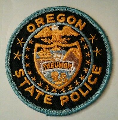 Vintage OREGON (USA) POLICE PATCH fabric embroidered sew on