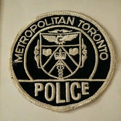 Vintage METROPOLITAN TORONTO  (CANADIAN) POLICE PATCH fabric embroidered sew on