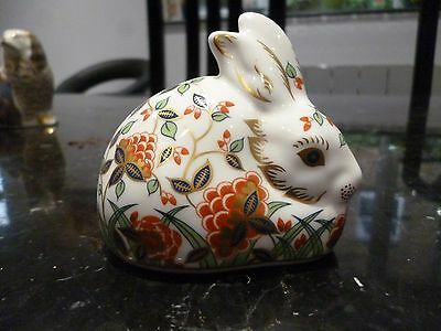 Royal Crown Derby Meadow Rabbit paperweight