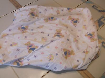 nice fitted crib sheet fits standard crib or toddler bed