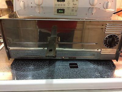 Wisco Mfg Pizza Pal Electric Oven Table Top Commercial  Model 412