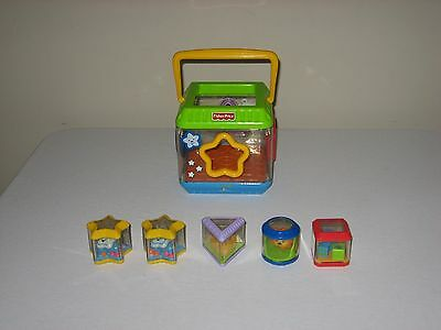 Fisher Price Peek A Blocks Shape Sorter  Sounds Music Baby Toddler Toy Complete