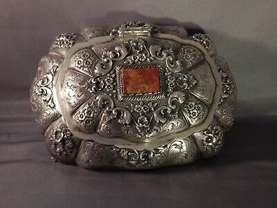 "Victorian Hand Engraved 800 Silver Footed Box Agate Adornment 7 1/4"" L"