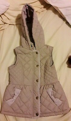 Girls hooded gilet age 5 - 6