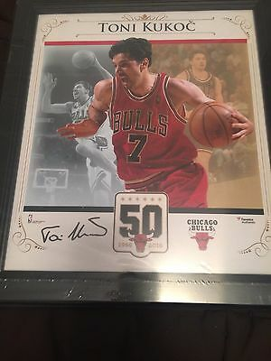 Toni Kukoc Framed Autograph Limited Edition Gift Poster From Chicago Bulls