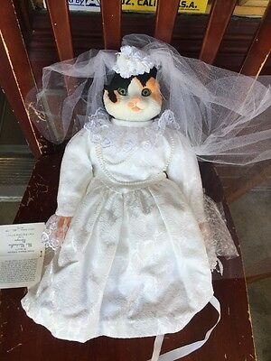 Musical Porcelain Cat Doll Miss Marshmallow Meringue By Betty Jane Carter Doll