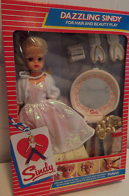 Rare Vintage Pedigree Sindy BOXED Complete 1985 Dazzling Haute Couture NRFB