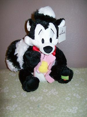 Plush Sweet Talking Pepe Le Pew By Warner Bros For Hallmark