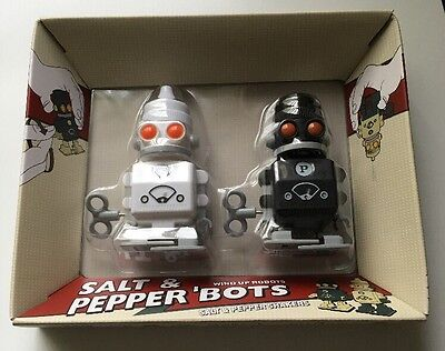 NEW In Box Salt & Pepper 'Bots Wind Up Robots Salt & Pepper Shakers