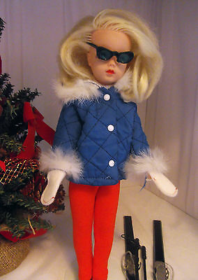 Stunning Vintage Pedigree Sindy Blonde 1970 Side Part in Complete Winter Holiday