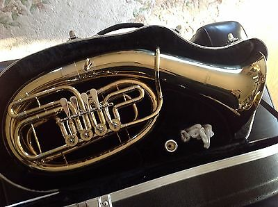 Baritone Horn Bb 4 Rotary Valve Model in Excellent Condition, Very Close To New.