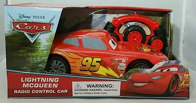 DISNEY Cars LIGHTNING MCQUEEN Red Racer Remote Control Car Toy RC 3+
