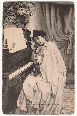 VINTAGE FRENCH POSTCARD,GLAMOUROUS LADY,LITTLE DOG & UPRIGHT PIANO,c1915