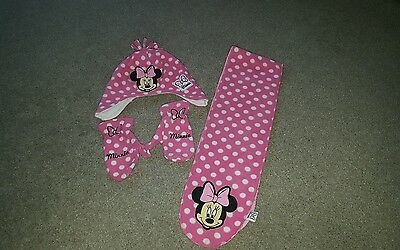 minnie mouse gloves, hat and scarf set