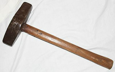 Blacksmiths Boat Shaped Forge Type Hammer Approx 6.5lb c/w Short Handle