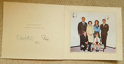 Queen Elizabeth II and Prince Philip, lovely rare 1971 signed Christmas card